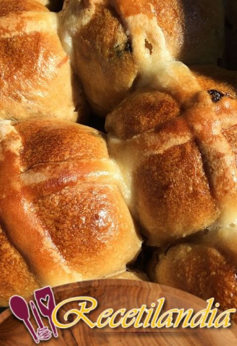 Bollos Hot Cross: Rollos de Pascua
