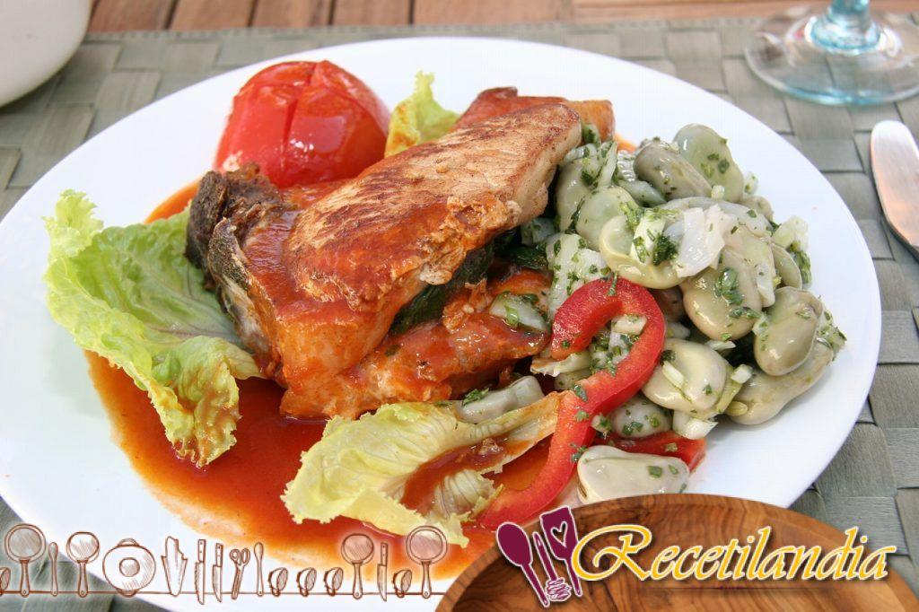 Ensalada de judías verdes, tomate y atún