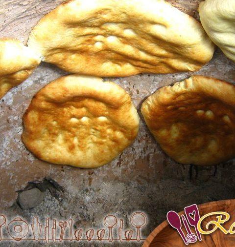 La cocina de los naans en el tandoor {video}