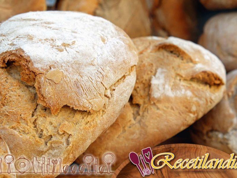 Pan con harina de espelta, avellanas y leche de avellana