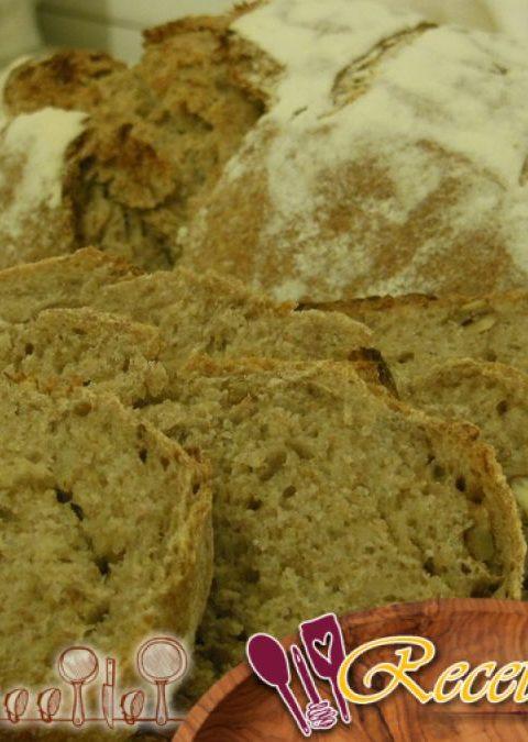 Pan de centeno con limón