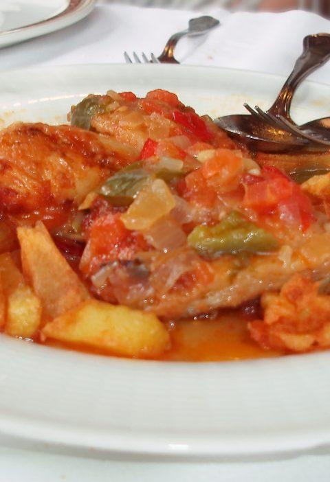Pollo al vino tinto con salsa barbacoa Cabernet Sauvignon