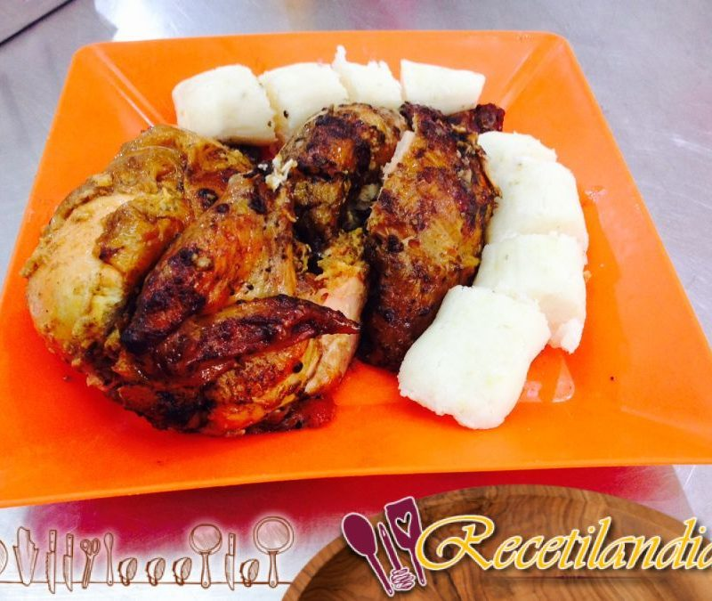 Pollo asado en cazuela, patatas y boniatos