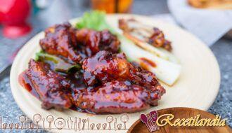 Pollo ahumado con salsa de rábano picante