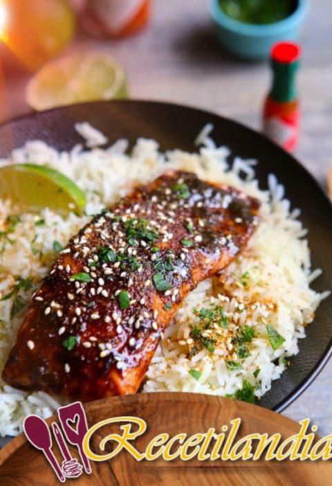 Salmón lacado con sabores asiáticos
