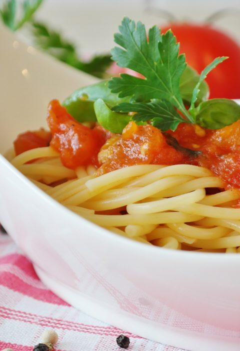 Salsa de tomate mediterráneo