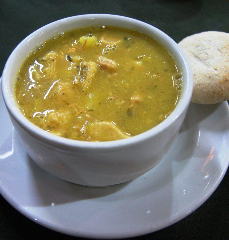 Sopa de Camarones y Maíz Ahumados