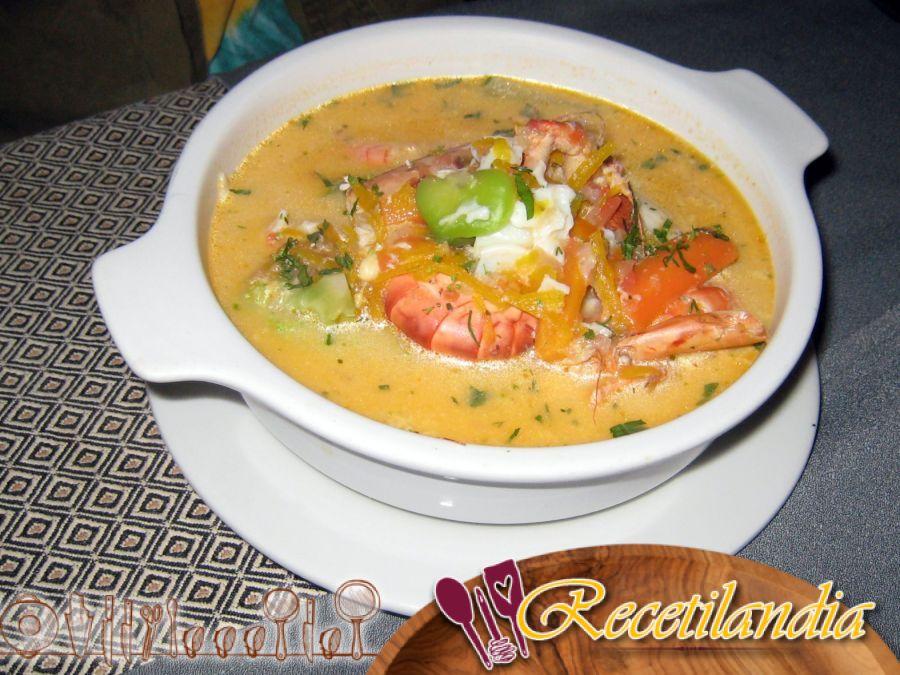 Sopa de camarones con limoncillo - Tom Yum Kung - Cocina tailandesa